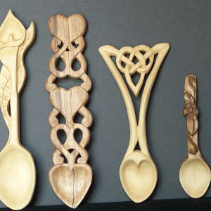 Carved_Love_Spoons_8-091