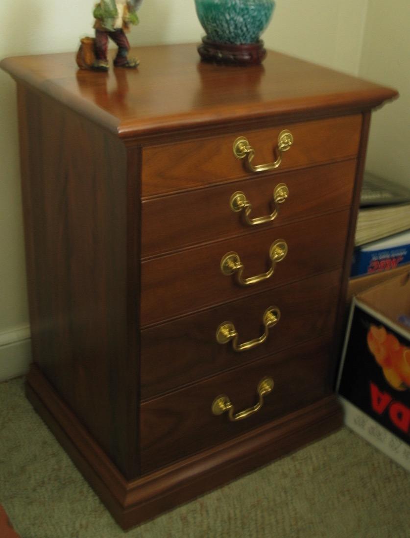 1 nightstand - 1.jpg