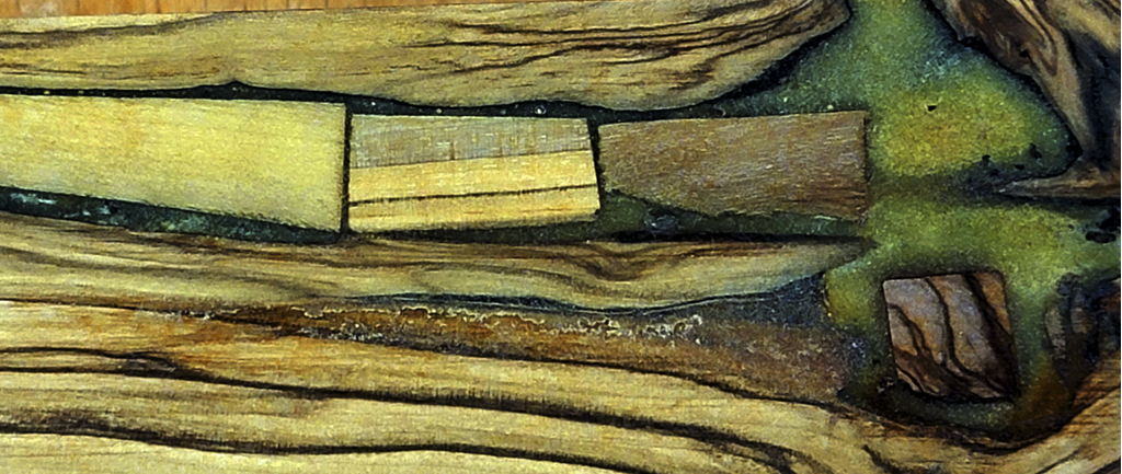 olivewooddetail.png