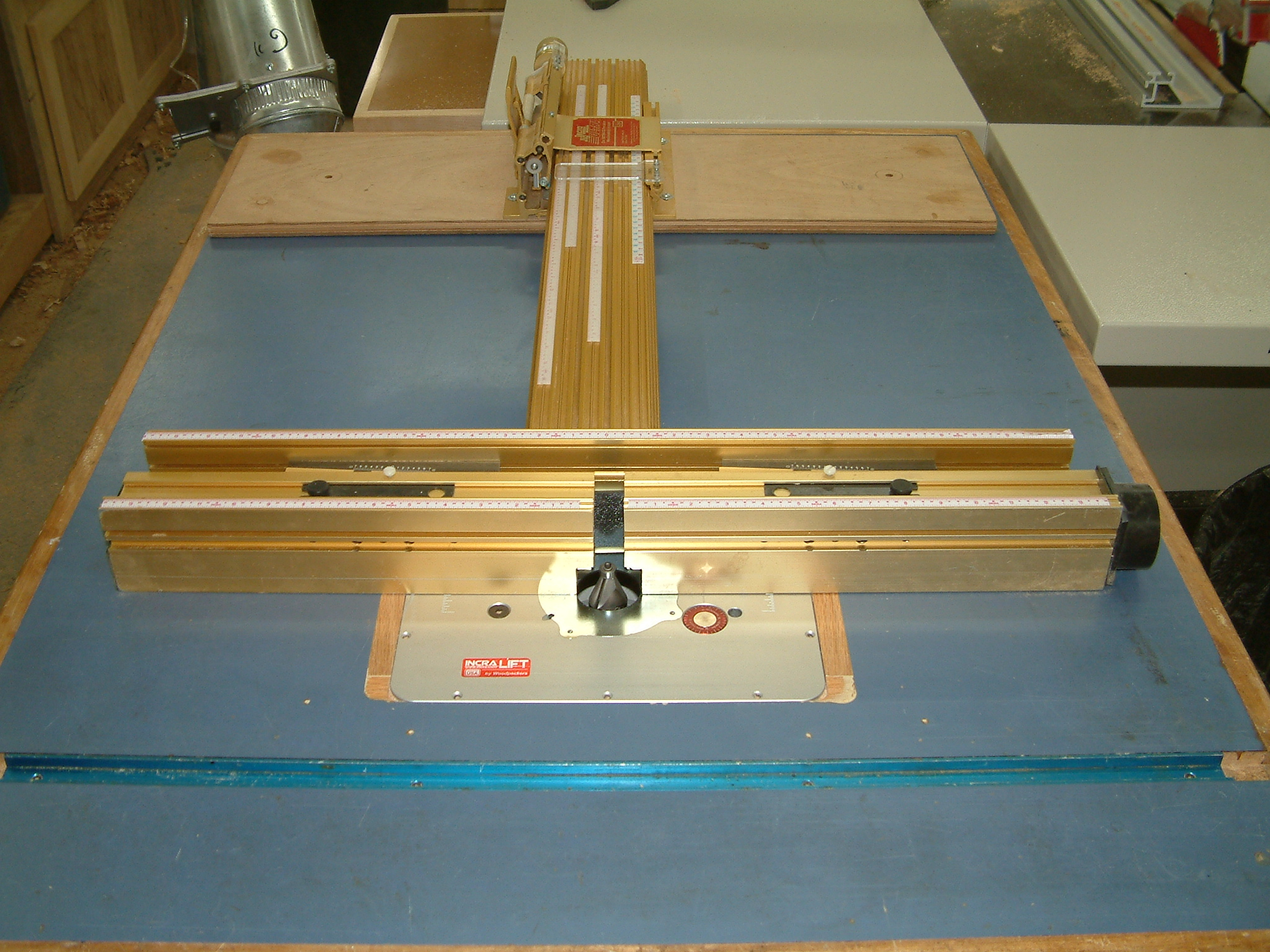 Incra Ultra Fence on Router Table